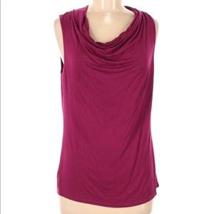 LAUNDRY BY SHELLI SEGAL M MAROON TOP RUCHED